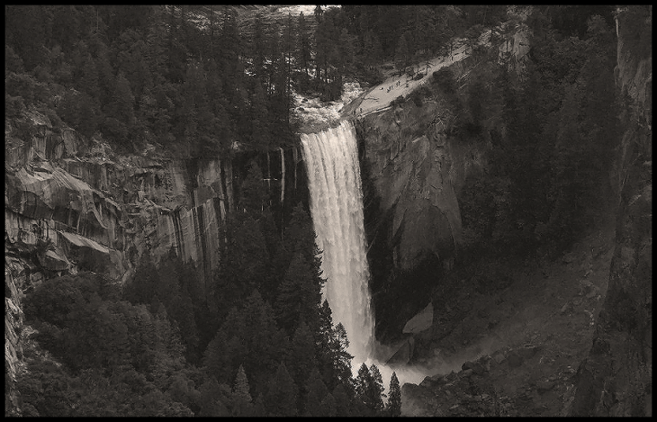 yosemite_waterfall
